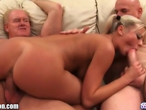 BreeOlson I'm broke so I fucked 2 old guys for 100$
