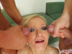 MILF Angelina has a new beauty routine with cum facials
