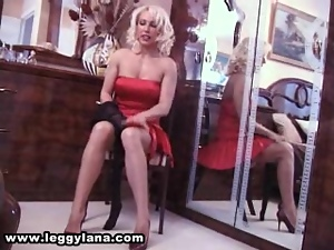 Lana strips and shows her sexy legs