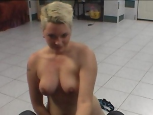 Hot lapdance by czech chubby lady