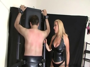 Brit mistress keeps her slave under control