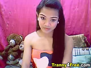 Long Dick Tranny on cam
