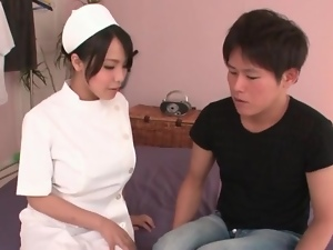Nurse arrives to suck his dick like a hottie