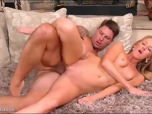 Flawless young blonde banged in bald pussy