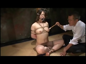 Kinky play with bound Japanese girl