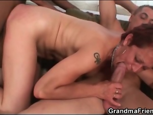 Interracial spit roasting threesome with slut