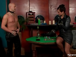 He strips naked to be bound by mistress
