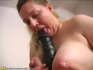 Fat girl has naughty fun with her dildos