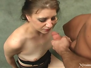 Making her gag with a throat banging