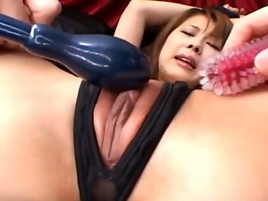 Japanese babe get pussy fucked by dildos