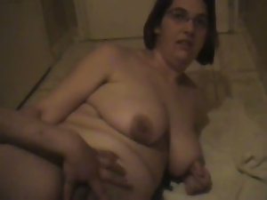 Fat amateur has her pussy penetrated with a bottle