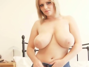 Victoria summers provokes with her tits in solo