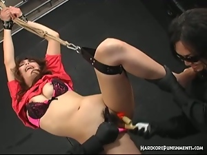 Japanese sex slave gets bound and tortured