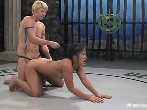 Asian hun bends over for that blondie and gets nailed
