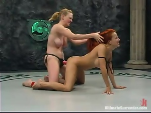 Shannon Kelly gets brutally fucked by blonde lesbian Darling on tatami