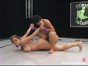 Christina Carter and DragonLily toy pussies after fighting