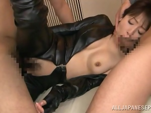 Kimika Ichijou sucks cocks and gets unforgettably fucked in MMF clip
