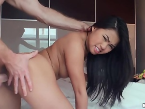 Horny Asian bunny Cindy Starfall wants a huge cock so bad