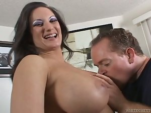 Stephanie Wylde gives a titjob and gets rammed in her pussy