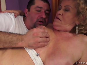 Fat blonde granny Effie gets her hairy snatch licked and fucked hard