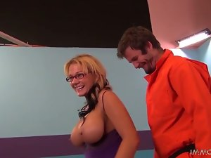 Busty and filthy milf in glasses wants some action in her twat