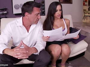 Great footjob by a smoking hot brunette model Chloe Amour