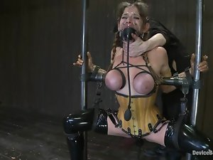 Felony gets her holes smashed by a fucking machine in BDSM clip