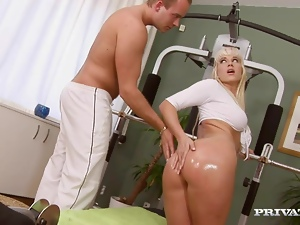 Time to work out on a huge cock of her coach
