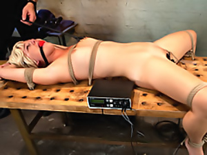 Electro shock for bondage girl