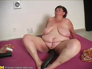 Fat mature woman loves big dildos