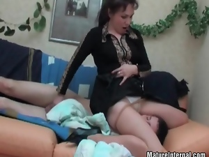 Old slut visited her teen friend in his bad