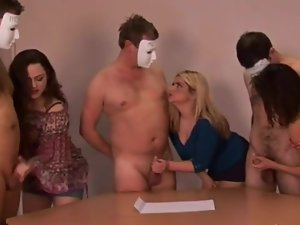 CFNM have cumshot race while wanking