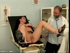 Hospital Screwing XXX Fun with Blowjob Babes