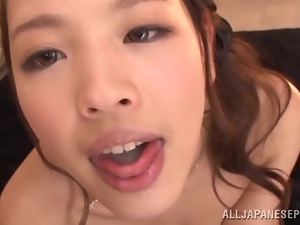 Reina Takagi gives a blowjob and a rimjob to her man