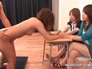 Japanese hottie pussy nailed on the floor gets a facial