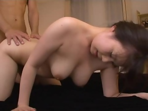 Hot milf An Shinohara loves playing with her toys, when in action