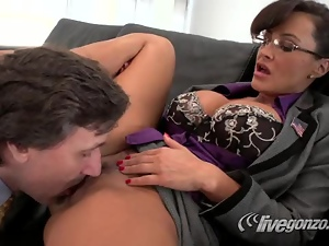 Lisa Ann and Steve Holmes hardcore mature fucking sex