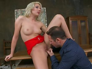 Ary deepthroats and gets her snatch stunningly pounded