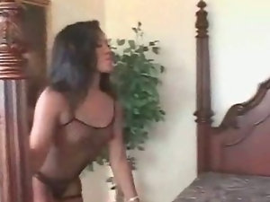 Tempting Brunette Fucked With BBC