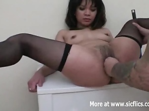 Tattooed Asian pussy fisting penetrations