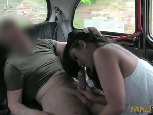 Hannah pays sex for her taxi ride