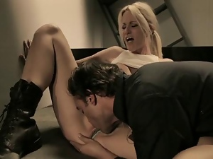 Sassy Jessica Drake gets her piss flaps licked clean