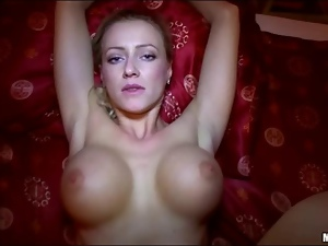 Huge tits honey Vicktoria fucks stranger