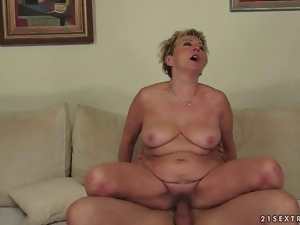 Hot granny enjoying nasty sex