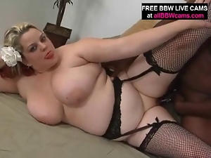 Blonde Bbw Titty Fuck And Blowjo...
