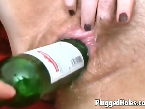 Mature slut gets all holes stuffed