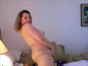 Randy Fatty Plumper playing with her Snatch