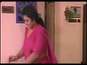 sajni aunty bending lewd side Cleavage show avi