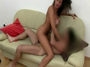 Top heavy dark haired euro beautie shaft riding