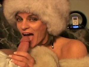 Sweet fur Dick sucking